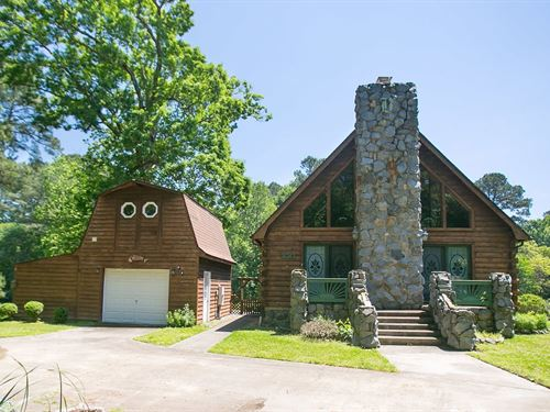 Canal Front Log Home Seconds From : Hertford : Perquimans County : North Carolina