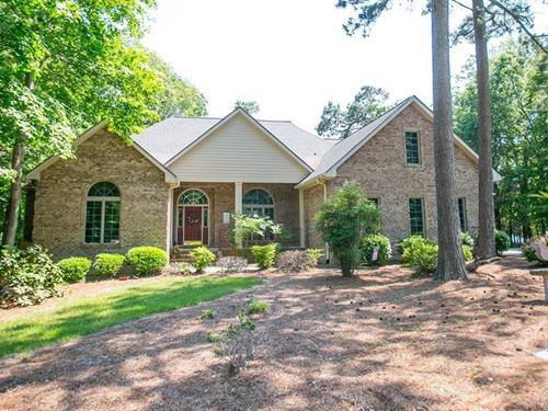 Waterfront Home in Gated Community : Hertford : Perquimans County : North Carolina