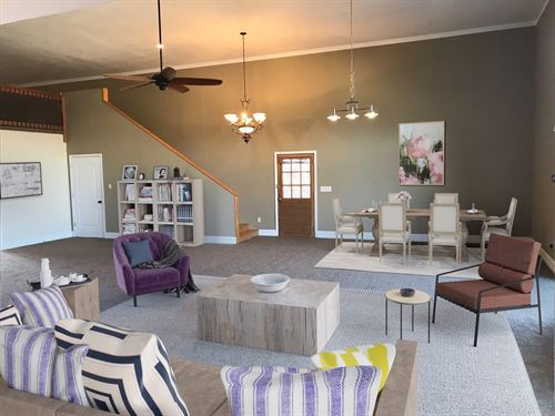 Beautifully Restored Barn Home : Hertford : Perquimans County : North Carolina