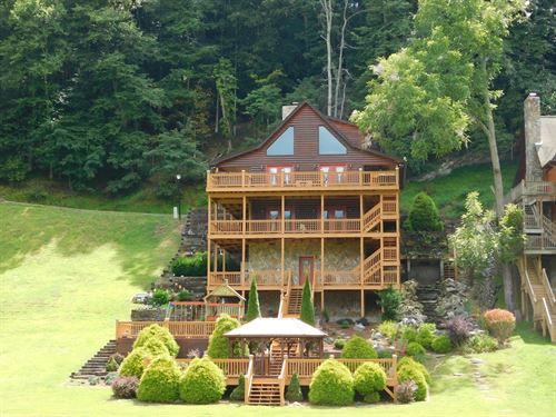 Gorgeous Riverfront Cabin Piney : Piney Creek : Alleghany County : North Carolina