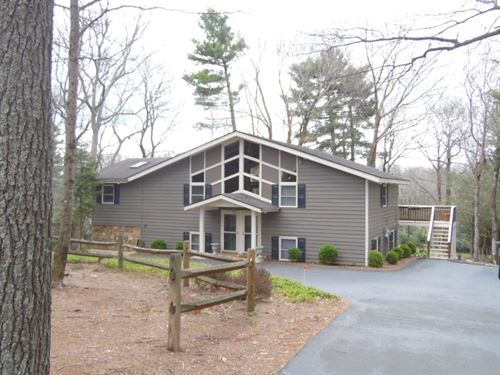 Golf Course Home Close to Blue : Roaring Gap : Alleghany County : North Carolina