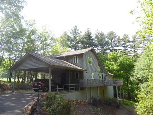 Adorable Well-Maintained Home : Roaring Gap : Alleghany County : North Carolina