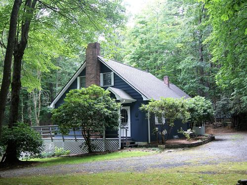 Adorable Move-In Ready Mountain : Roaring Gap : Alleghany County : North Carolina
