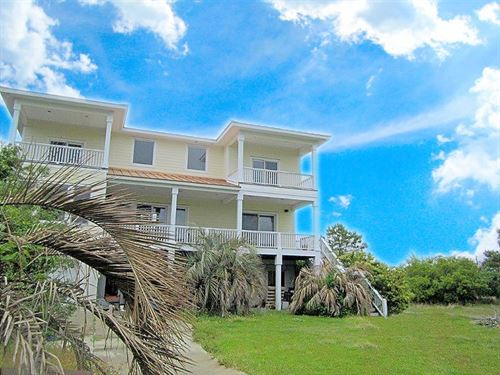 3 Bedroom Waterfront House Sneads : Sneads Ferry : Onslow County : North Carolina