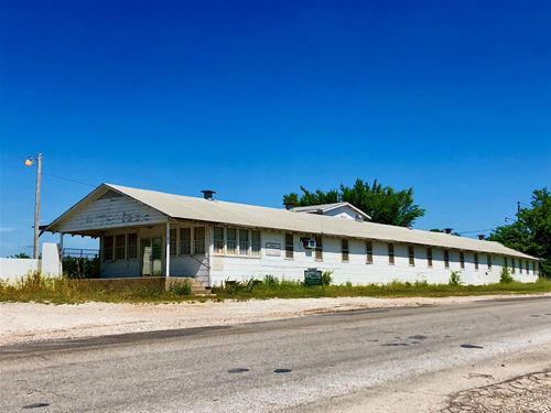 Building Zoned Light Industrial : Ardmore : Carter County : Oklahoma