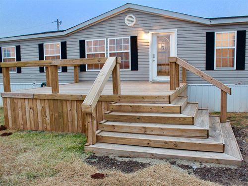 4 Bedroom Home 3.52 Acres Just : Elk City : Beckham County : Oklahoma