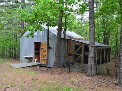 11 Acres 2 Mountain Cabins : Heavener : Le Flore County : Oklahoma