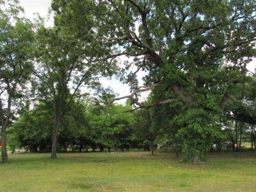 Commercial Lots In Hugo, Oklahoma : Hugo : Choctaw County : Oklahoma
