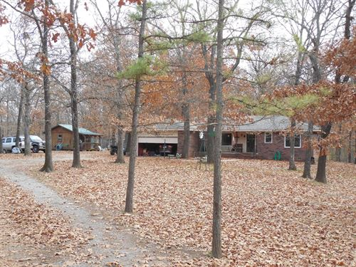 Cabin in The Woods in OK : Locust Grove : Mayes County : Oklahoma