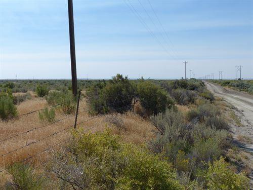 Burns, 40 Acres, Fenced, Power : Burns : Harney County : Oregon