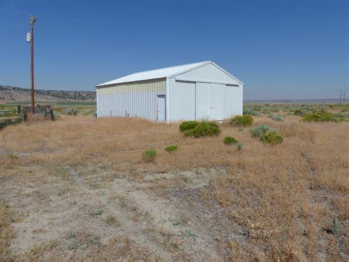 Burns, 160 Acres Shop, Fenced : Burns : Harney County : Oregon