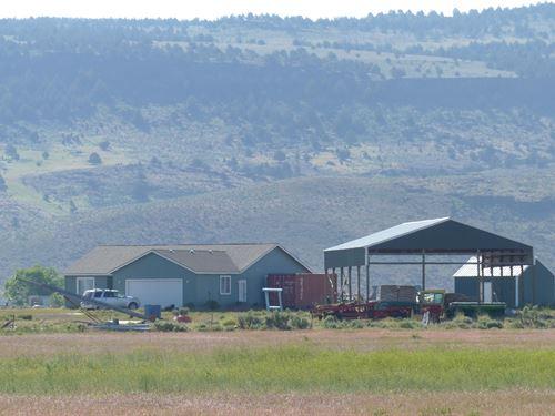 Farm/Ranch Near Crane Or : Burns : Harney County : Oregon
