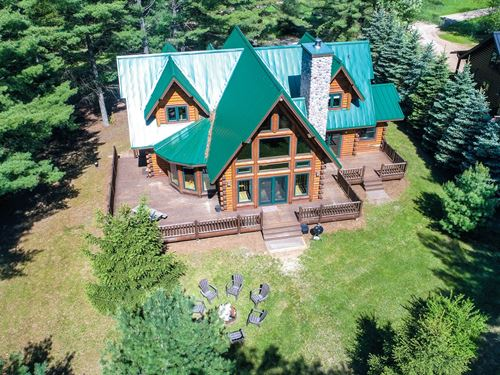 Lakefront Log Home Waupaca WI : Waupaca : Wisconsin