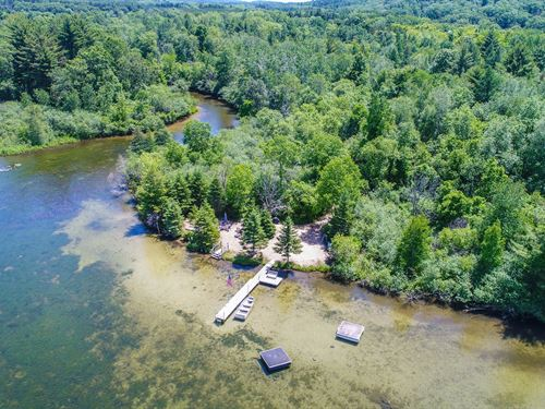 Acerage, Farmhouse Chain O' Lakes : Waupaca : Wisconsin