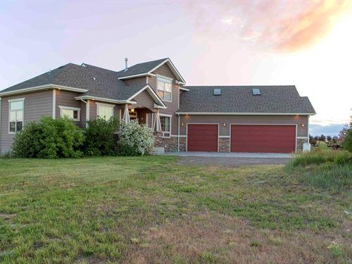 Cheyenne WY Horse Property Custom : Cheyenne : Laramie County : Wyoming