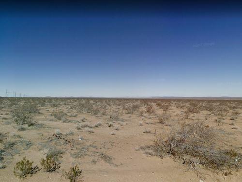 San Bernardino County, Ca $599,000 : Adelanto : San Bernardino County : California