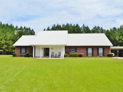 3 Bed / 2.5 Bath House For Sale In : Summit : Pike County : Mississippi