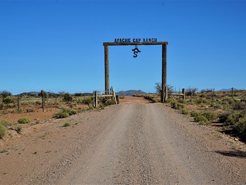 Apache Gap Ranch, Sierra County : Truth Or Consequences : Sierra County : New Mexico