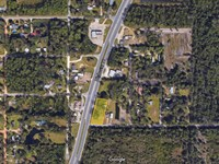 6718 Highway 77 Retail Opportunity : Southport : Bay County : Florida