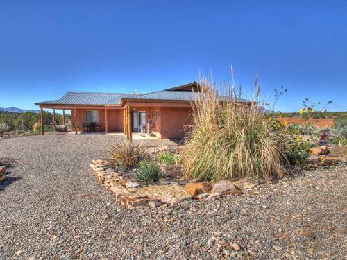 Home Southwest Colorado : Cortez : Montezuma County : Colorado