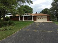 Country Home & Acreage Foristell : Foristell : Warren County : Missouri