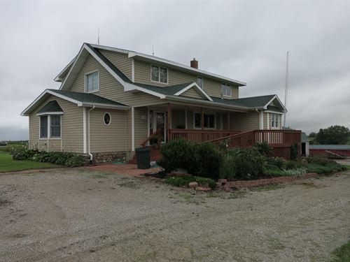 Country Home 24.8 M/L Acres : Ridgeway : Harrison County : Missouri