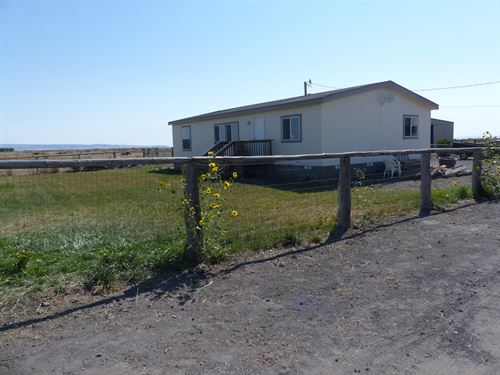 Horse Property Burns, Motivated : Burns : Harney County : Oregon