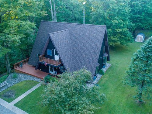 Blueberry Farm And Great Home : South Haven : Van Buren County : Michigan