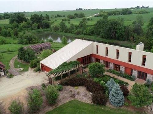 Incredible Country Estate, Retreat : Darlington : Lafayette County : Wisconsin