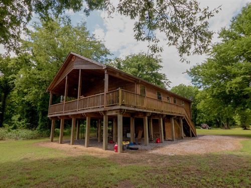 6,400 Acre Hunting Property : Transylvania : East Carroll Parish : Louisiana