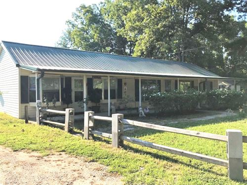 3 Br 3 Ba Country Home On 1.8 Acres : De Kalb : Bowie County : Texas