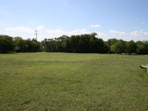 19 Acres In Ne Mineral Wells Area : Mineral Wells : Palo Pinto County : Texas