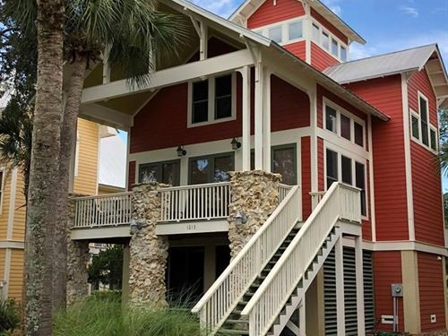Coastal Property, Two Story Home : Steinhatchee : Taylor County : Florida