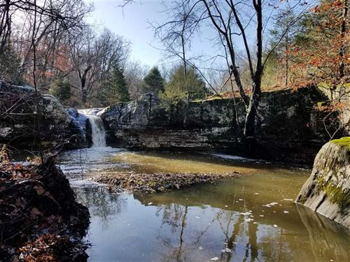 214 Acres of Ozark Hills With Seas : Squires : Douglas County : Missouri