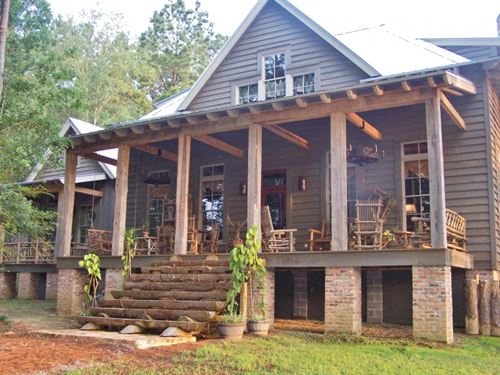 884 Acres Hunting Lodge On Lake Ami : Gloster : Amite County : Mississippi