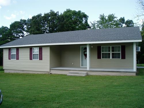 Updated 3 Bedroom 1 Bath Home : Lowndes : Wayne County : Missouri