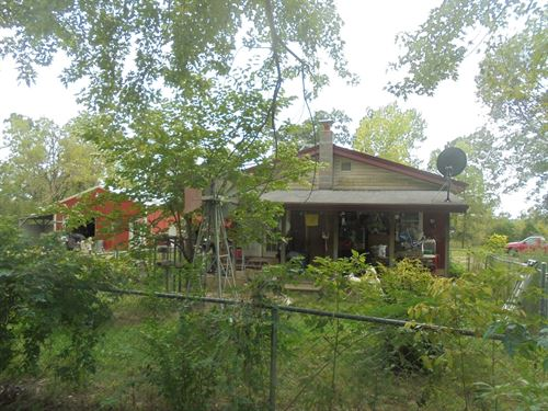 Country Home Near The River : Tecumseh : Ozark County : Missouri