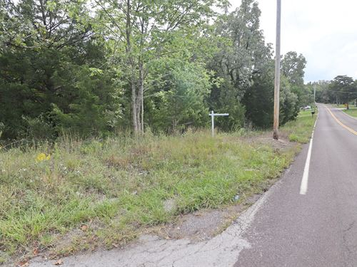 1.78 Acre Corner Lot : Hillsboro : Jefferson County : Missouri