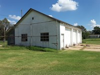 Partridge Old Bus Barn : Partridge : Reno County : Kansas