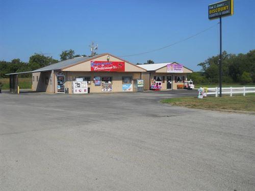Established Retail Business SW : Collins : Saint Clair County : Missouri
