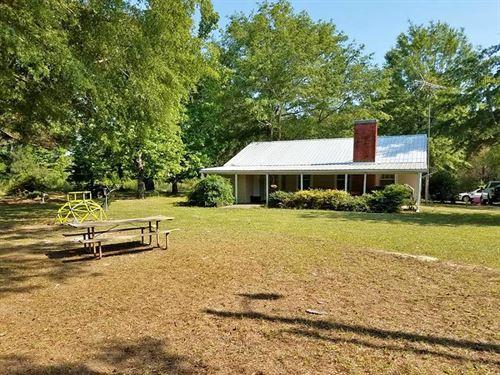 Home, 1514 Silver Ridge Rd : Starkville : Oktibbeha County : Mississippi