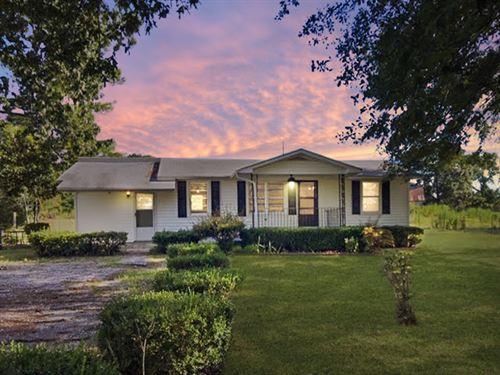 30.507+/- Acres, 2 Br/2 Ba Home : Cartersville : Bartow County : Georgia