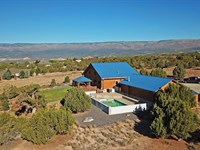 Colorado Log Home Country Acreage : Cedaredge : Delta County : Colorado