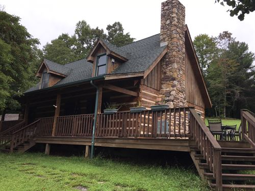 Farm With Log Home : Ferrum : Franklin County : Virginia