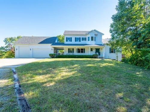 40 AC M/L 5 Br, 5 BA Country Home : Hartsburg : Boone County : Missouri
