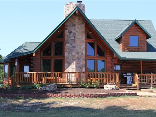 Custom Cedar Log Home Missouri : West Plains : Howell County : Missouri