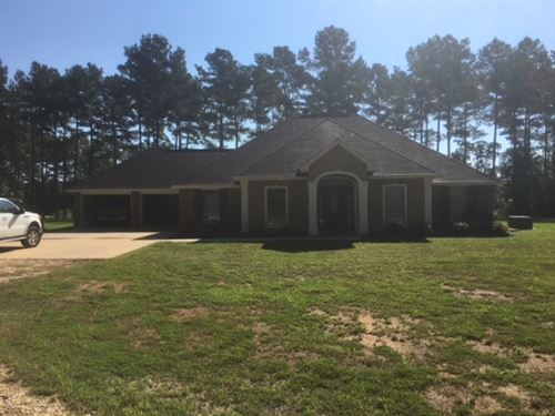 Tanglewood Road Home And 27 Acres : Magnolia : Pike County : Mississippi