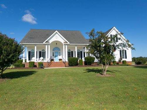 Lakefront Home in Edenton NC : Edenton : Chowan County : North Carolina