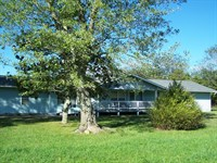 Spacious Country Home Just Outside : Leslie : Searcy County : Arkansas
