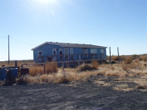 Home On 40 Acres East Of Burns OR : Burns : Harney County : Oregon